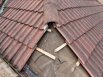 roofing contractors near me in Hinckley